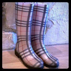 Burberry Rain Boots - Nova Pattern